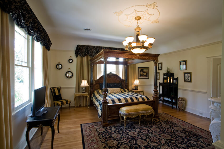 Mcgavock Suite Oak Crest Mansion Inn